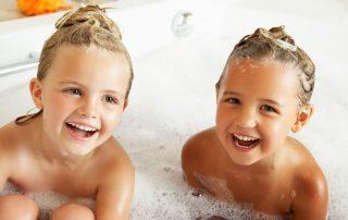 gyerekek hajmosása